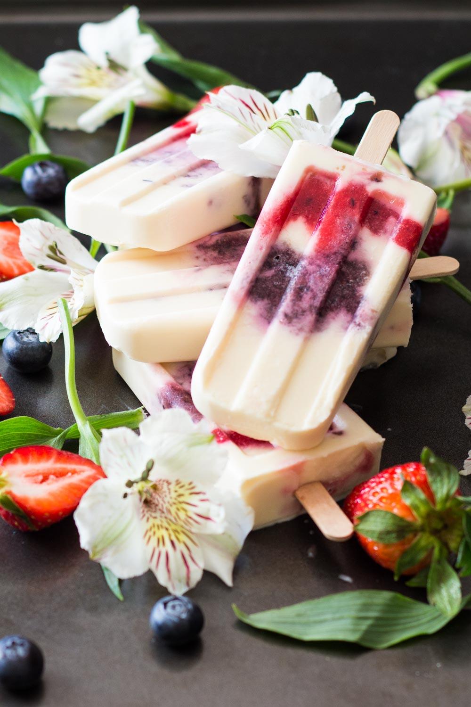 Greek-Yogurt-Berry-Popsicles-5