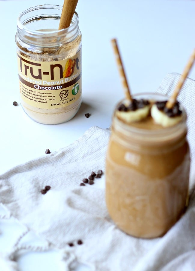 Gluten free Chocolate Peanut Butter Banana Smoothie (GF + Non-GMO); for a delicious and healthy breakfast | gardeninthekitchen.com