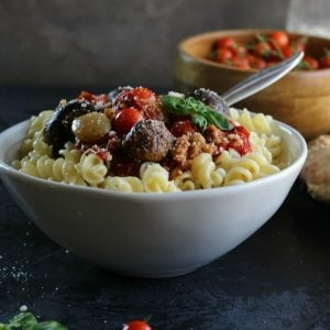 Roasted Tomato & Mushroom Garlicky Sauce
