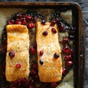 Maple Soy Cranberry Salmon | gardeninthekitchen.com