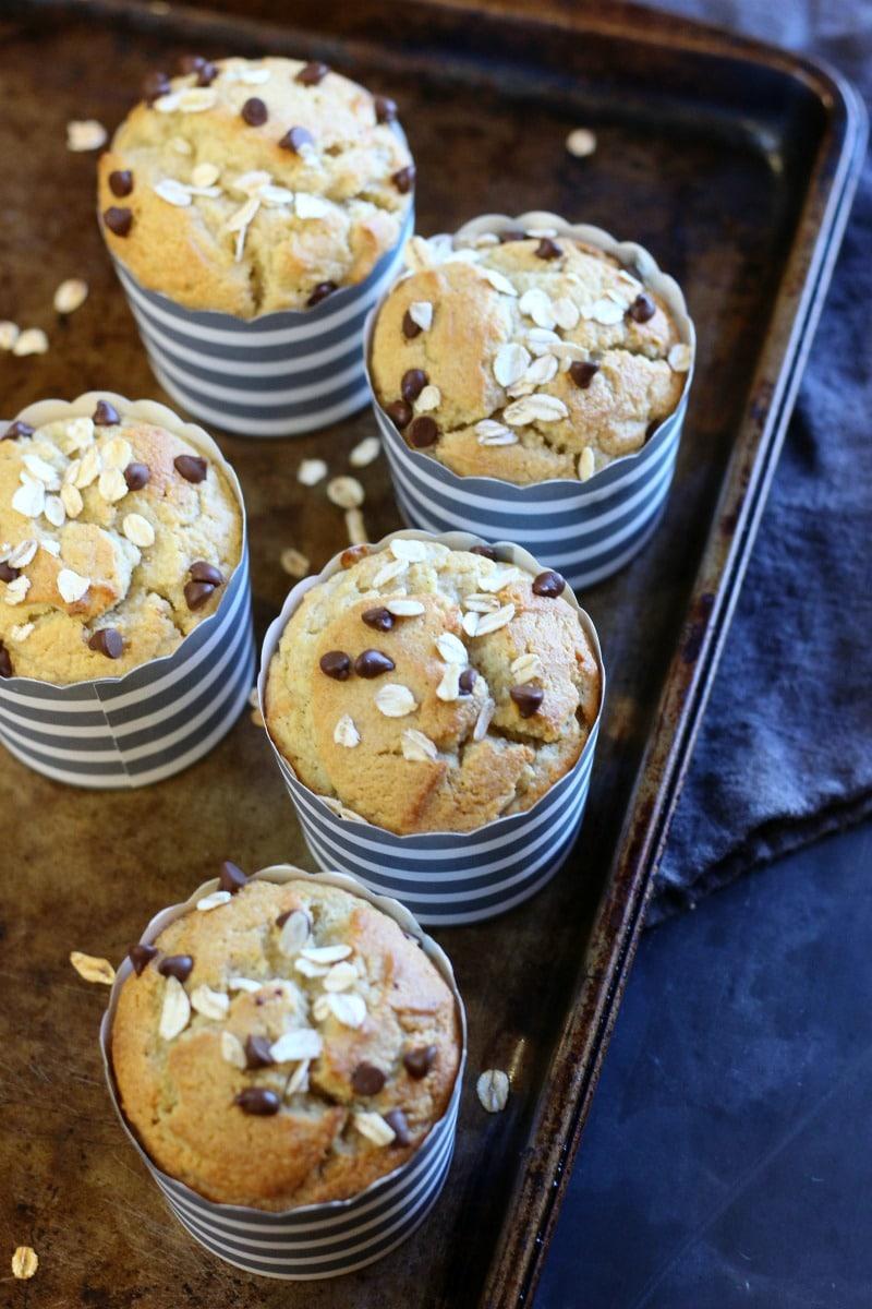 Banana Muffin (Paleo, Gluten-free) | gardeninthekitchen.com