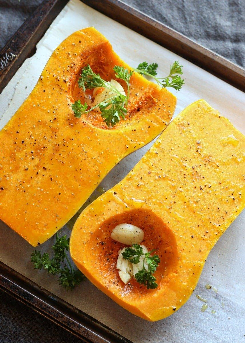 Garlic Parmesan Butternut Squash | gardeninthekitchen.com