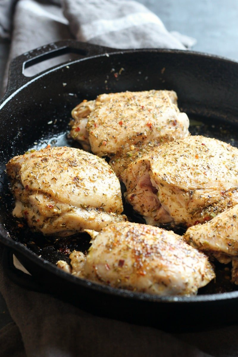 Slow Cooker Jamaican Jerk Chicken | gardeninthekitchen.com