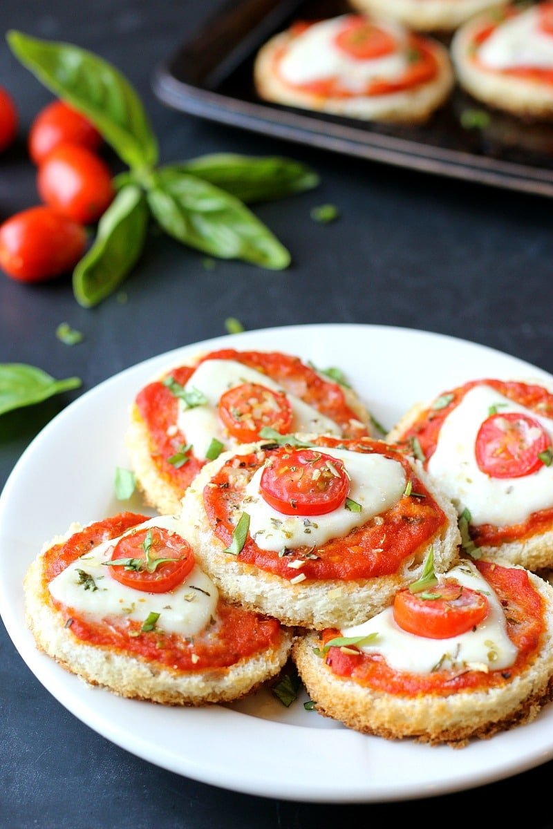 Easy Margherita Pizza Bites