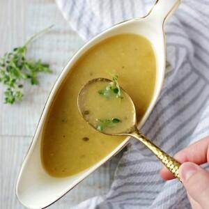 Instant Pot Turkey Onion Gravy