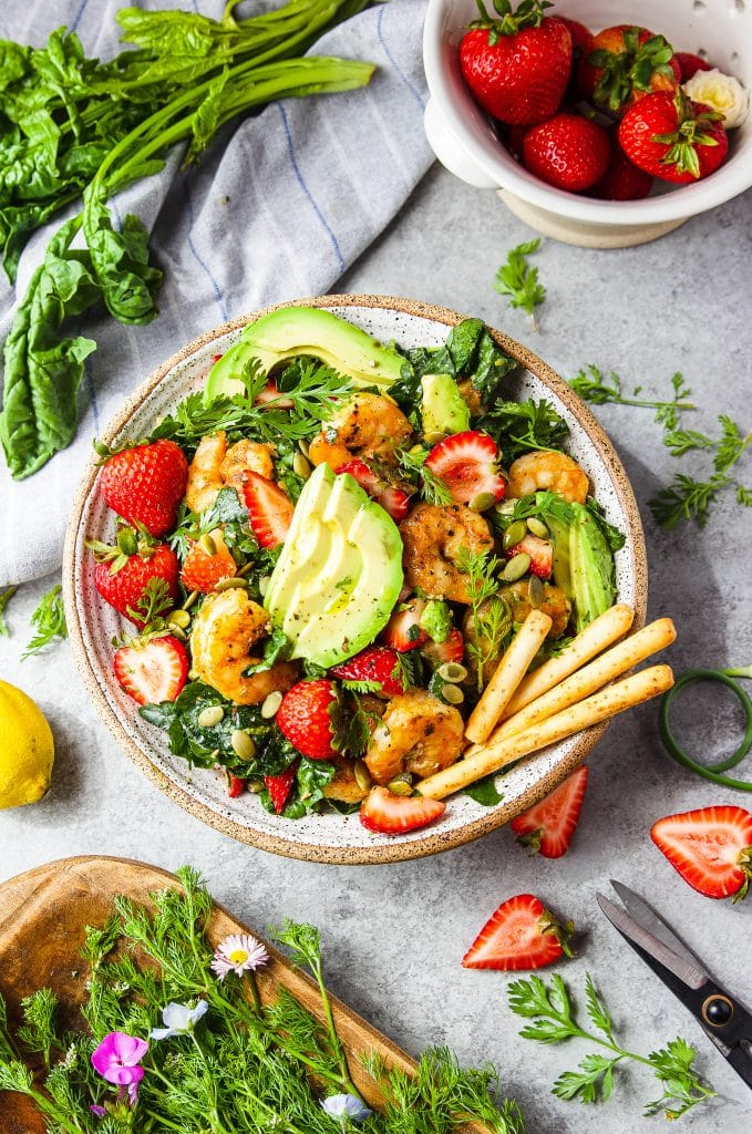 strawberry avocado spinach salad with grilled shrimp